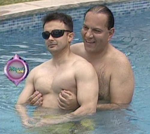 Video: 'Pizzero' y Óscar Gayoso se divierten cariñosamente en piscina