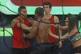 Combate: 'Pantera' Zegarra se va a las manos con Christian Domínguez