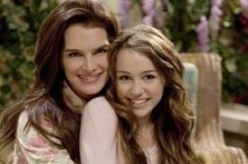 Mamá de Hannah Montana: ¿Quién está aconsejando a Miley Cyrus?