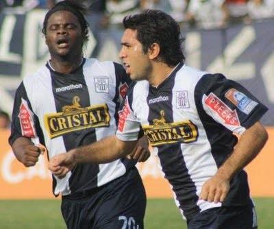 Alianza Lima: Carlos Solís retó a Pedro Ascoy a que pase a la defensa blanquiazul