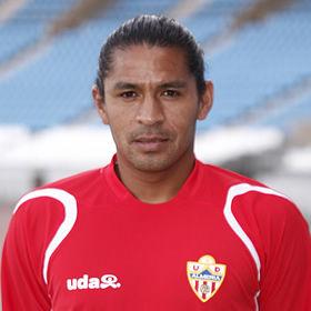 Fútbol español: Santiago Acasiete ya entrena con el Almería