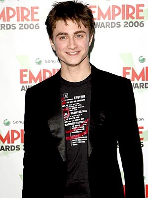 Daniel Radcliffe se disculpa con fans por no ir a Comic Con