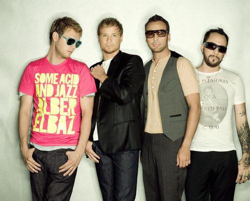Los Backstreet Boys quieren guiar a Lady Gaga en los negocios
