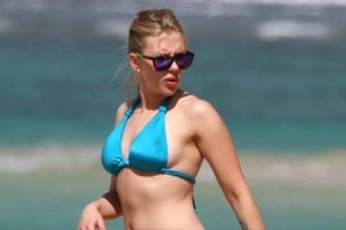 Scarlett Johansson revela marcada celulitis vacacionando en Hawaii