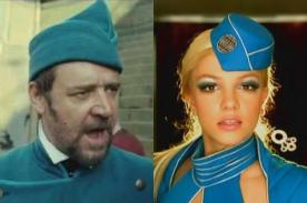 Russell Crowe es comparado con Britney Spears en Twitter