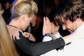 Bradley Cooper sorprende con sexy baile en fiesta de los Bafta