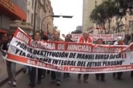 Video: Hinchas indignados marcharon en contra de Manuel Burga
