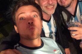 Miguel Arce se unió a Julián Zucchi para apoyar a Argentina [Foto]
