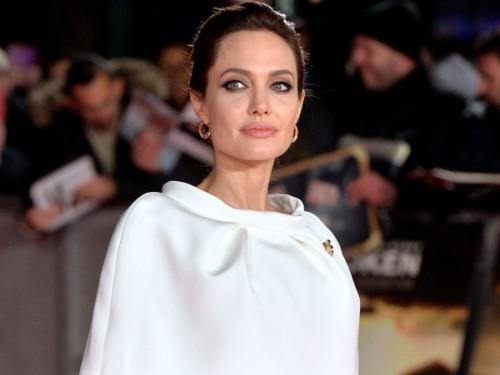 ¡Angelina Jolie sorprendió con su extrema delgadez!