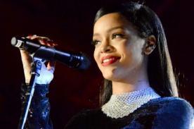 ¡Rihanna mandó esto a sus fans que esperaban su concierto!