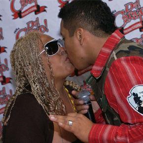 Lucía De la Cruz se casará en junio y quiere a Mauricio Diez Canseco como padrino