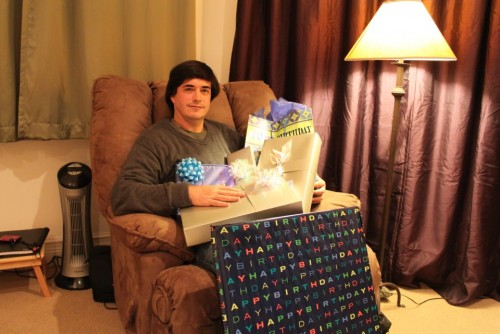 Jaime Bayly se llenó de regalos por cumpleaños
