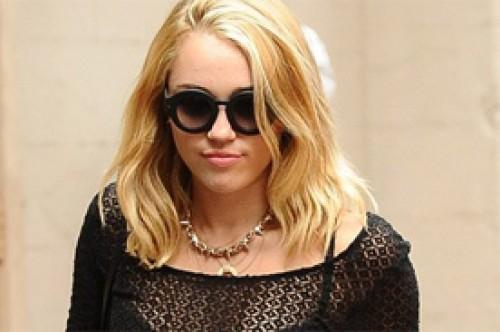 Miley Cyrus ya no estará en miniserie sobre Bonnie y Clyde