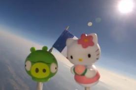 Insólito: Padre envía juguetes de su hijo al espacio - Video