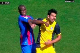 Levante vs Atlético de Madrid: Diego Costa y Sissoko se agarran a puñetazo - VIDEO