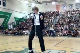 Joven que baila como Michael Jackson remece YouTube [Video]