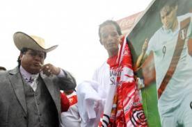 Perú vs Colombia: Este es el primer hincha que llegó a la Videna (Video)
