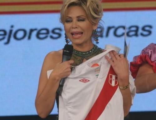 Gisela Valcárcel alentó a la selección: ¡Somos Perú! - Video