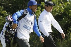 Insólito: Carlos Tévez hizo de 'caddie' a un golfista argentino