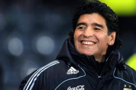 Manuel Burga: Es falso que haya llegado el currículo de Diego Maradona