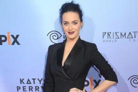 Katy Perry se quitó la ropa por Hillary Clinton [VÍDEO]