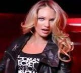 Modelos de Victoria's Secret adelantan la Navidad (Video)
