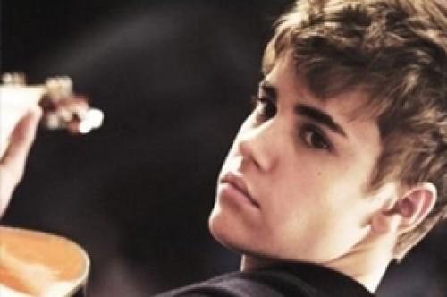 Justin Bieber anuncia una gira literalmente 'mágica'
