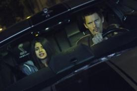 Selena Gomez luce aterrada en nueva imagen de 'Getaway'