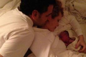 ¡Feliz 2014 Juan Diego Flórez! ¡Año Nuevo y un nuevo bebé en su familia!