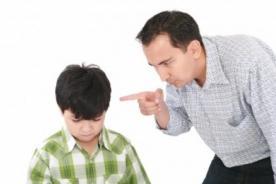Londres: ¡Colegio pondrá multa a los padres de los hijos tardones!
