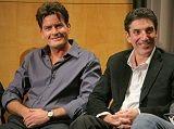 Creador de Two and a Half Men sobre Charlie Sheen: No se puede consumir tanta cocaína y trabajar