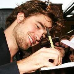 Robert Pattinson será subastado por caridad y podrá salir con una fan