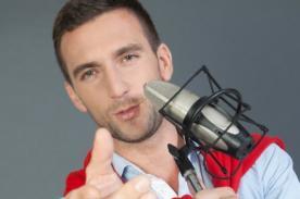 Combate: Antonio Pavón se lanza como cantante