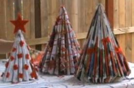 Como hacer un árbol navideño con papel de revistas