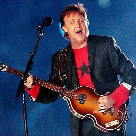 Beatle y Rolling Stone juntos sobre el escenario