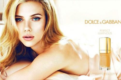 Scarlett Johansson posa sensual para nueva campaña de Dolce & Gabbana