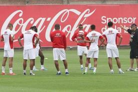 Selección Peruana vuela en la madrugada a Corea del Sur
