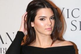¡Kendall Jenner hace señal obscena a rapero!