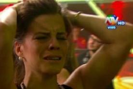 Combate: Alejandra Baigorria se sacrifica haciendo ESTO - VIDEO