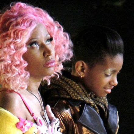 Willow Smith y Nicki Minaj estrenan el video musical Fireball
