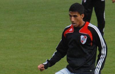 Josepmir Ballón ya es jugador de River Plate