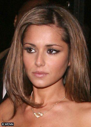 Cheryl presenta demanda de divorcio contra el jugador inglés Ashley Cole