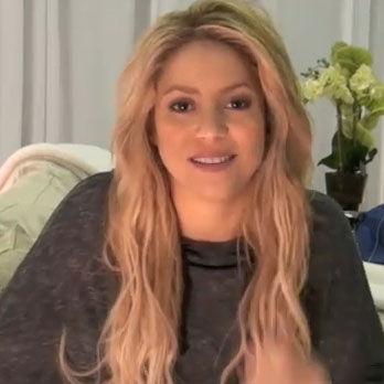 Shakira y artistas latinos envían sus mejores deseos por Navidad