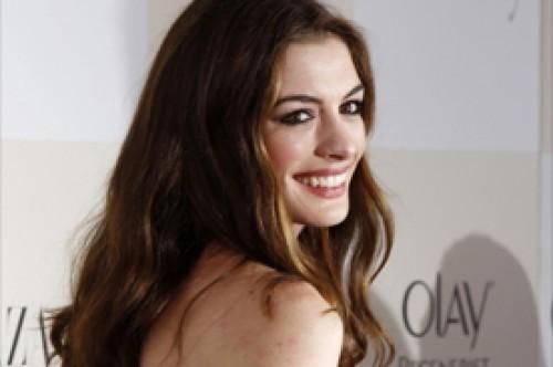 Anne Hathaway se somete a extremo entrenamiento para Los Miserables