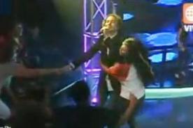 Video: David Bisbal conoció la euforia de una fan peruana en OT
