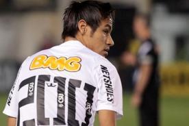 Video: Jugadón de Neymar deja en ridículo a tres defensas