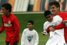 Atlético de Madrid entrena con niños de Fe y Alegría en La Florida - Fotos