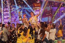 El Gran Show: Vibrante celebración de Gino Pesaressi - Fotos