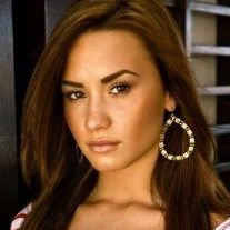 Demi Lovato pasaría Navidad con su familia y amigos