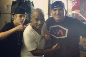 Video: Justin Bieber entrenó con Mike Tyson antes de incidente con paparazzi